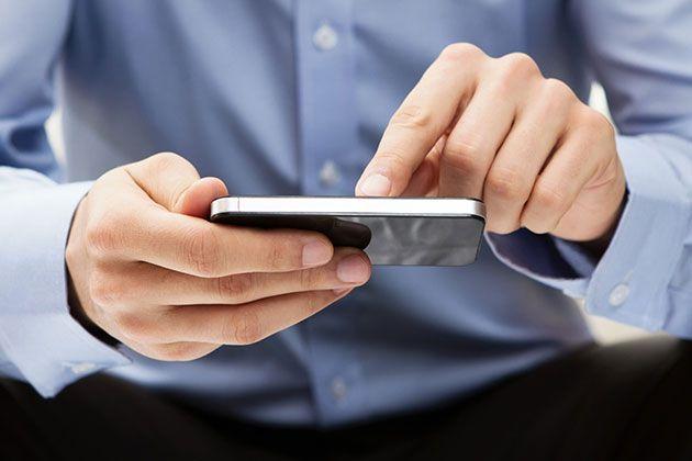 """دراسة: مستخدمو """"آيفون"""" الأذكى بين مستخدمي الهواتف"""