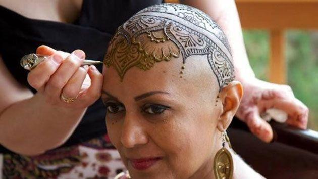 """""""في الحنة الشفاء"""" مبادرة كندية لمريضات السرطان"""