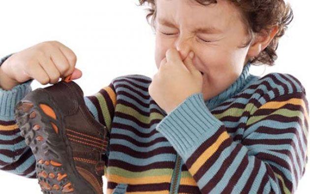 التخلص من رائحة القدمين - الاسباب والوقاية والعلاج