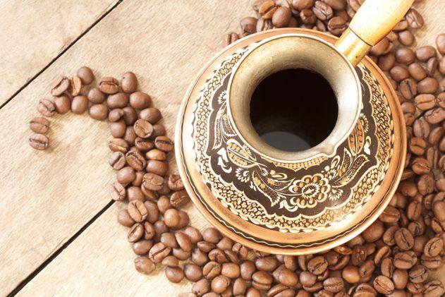 طريقة اعداد القهوة العربية بالزعفران